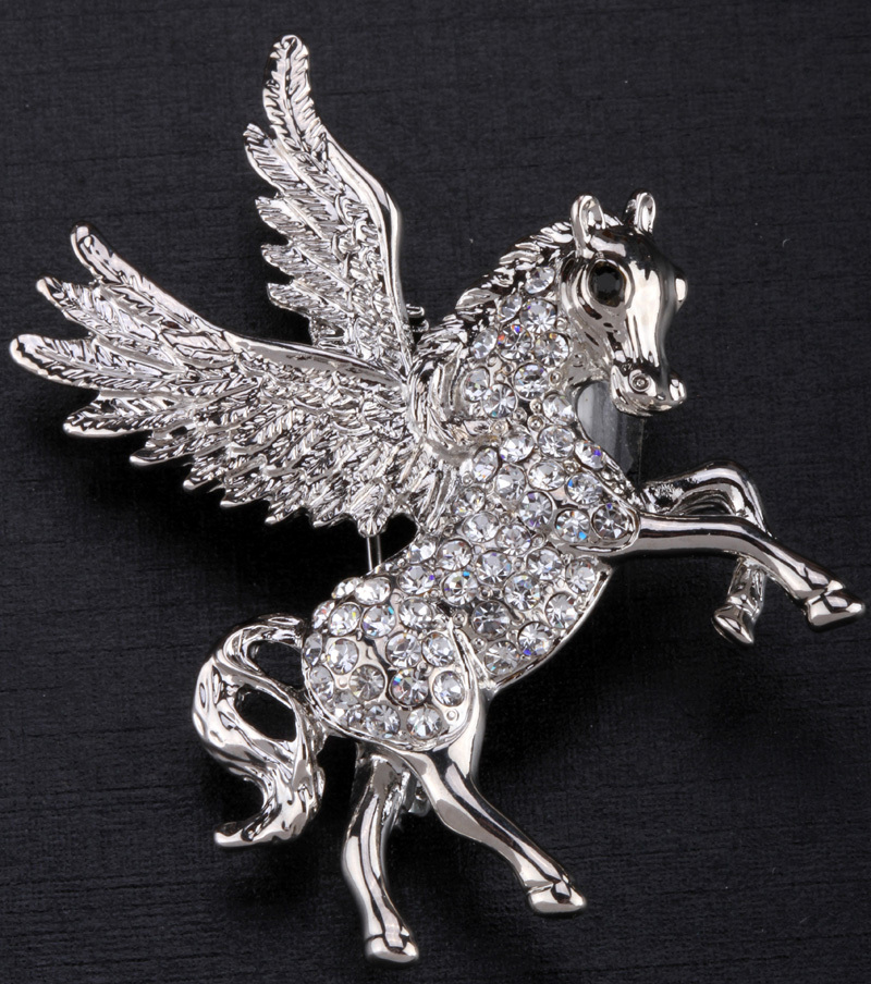 Pegasus unicorn brooch pin for women girls crystal animal flying horse jewelry charm ZP53 wholesale dropship(China (Mainland))