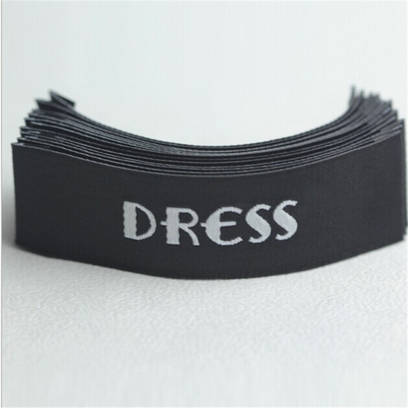 Custom top quality Black Damask Neck t shirt clothing woven label 55 mm * 10 mm(China (Mainland))