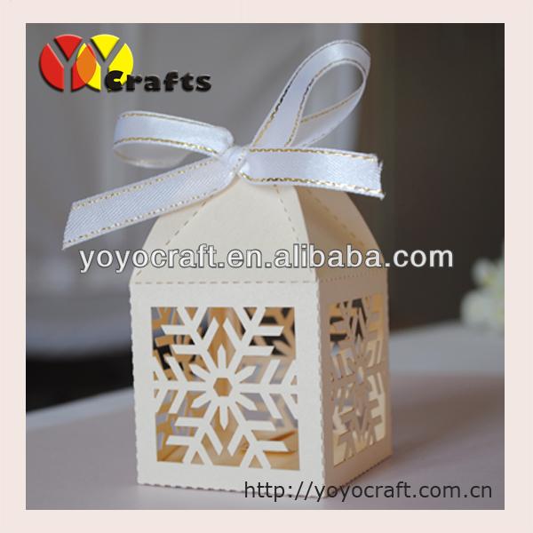 acheter pas cher carr de no l bo te cadeau d coration belle blanc flocon de. Black Bedroom Furniture Sets. Home Design Ideas