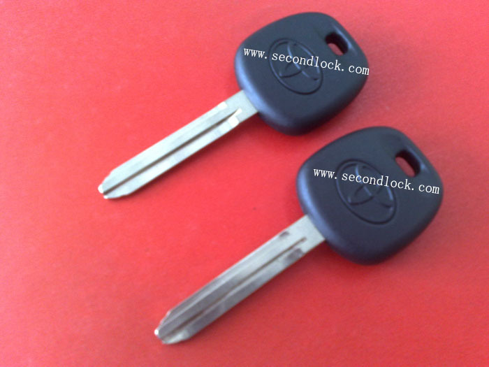 Top quality Toyota transponder key with 4D67 chip(China (Mainland))