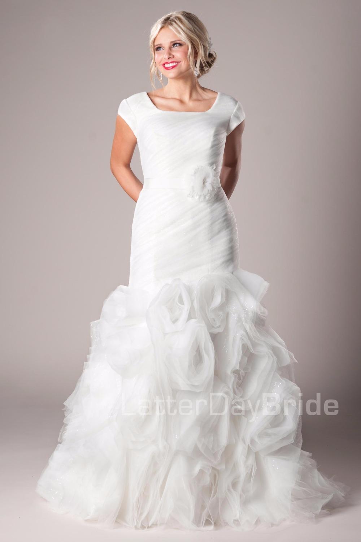 Moderne robes de mari e modestes promotion achetez des for Robes de mariage en plein air