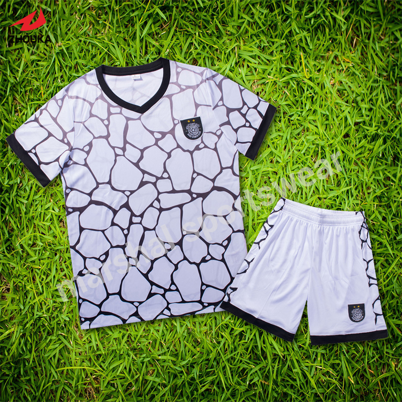 Latest design soccer jersey for kids OEM soccer uniforms customized for children football wear DIY supplier(China (Mainland))