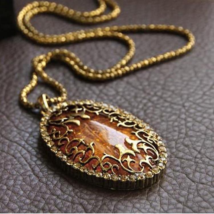 X7Latest Fashion Autumn Amber Inlay Hollow Imitation Diamond Retro Sweater Chain Long Necklace Jewelry Factory Direct(China (Mainland))