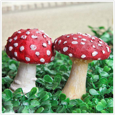 Ushop white mini resin red mushroom decorations antique home bonsai decoration(China (Mainland))