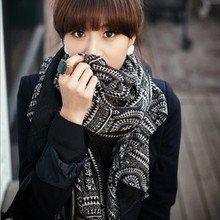 Fashion women grid with round print voile scarf winter and autumn cotton scarves desigual brand big size soft woman scarf shawl(China (Mainland))