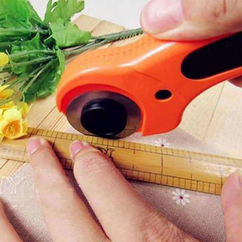 45mm Circular Cut Rotary Cutter Blade Patchwork Fabric Leather Craft Sewing Tools(China (Mainland))