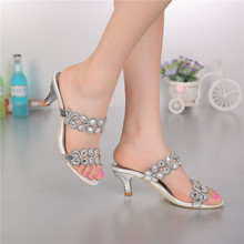 Shoes Women Rushed Spring 2015 Fashion Rhinestone High-heeled Sandals New Diamond Shoes Manufacturers Supply Dinner In Europe(China (Mainland))