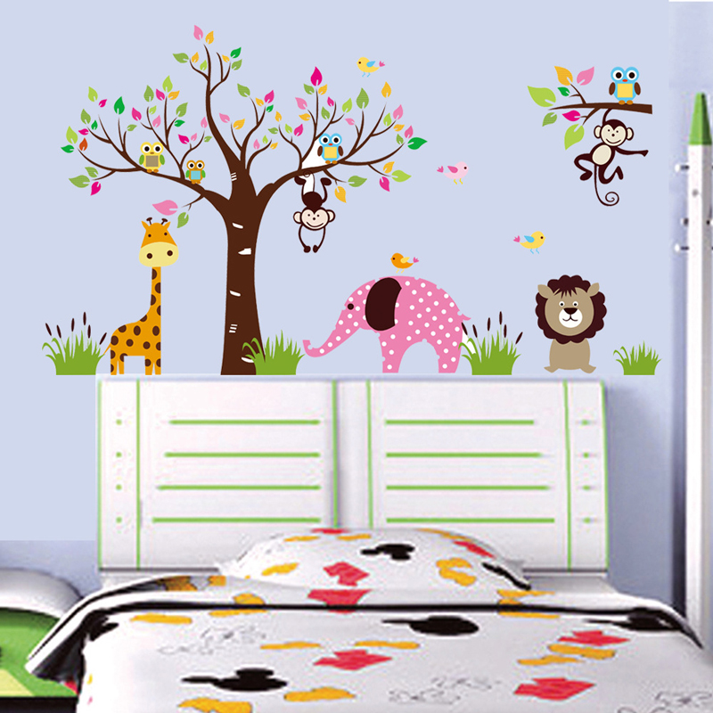 4PCS/Lot Cute Cartoon Wall Stickers Home Decor Poster Tree Giraffe Lion Owl House Decorative Wall PVC De Parede Wallpapers G003