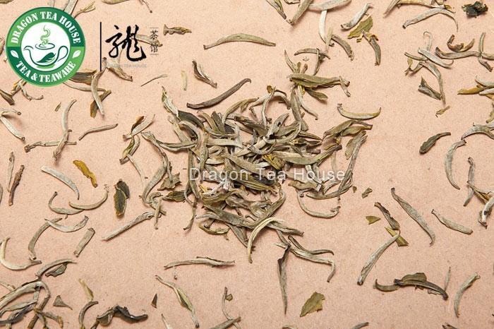 Премиум Бай Хао Инь Чжень * Серебряная игла белый чай 100 г 3,5 унции