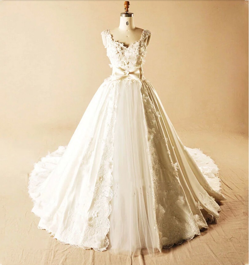 Vintage lace appliques ball gown wedding dresses china for Wedding dresses in china
