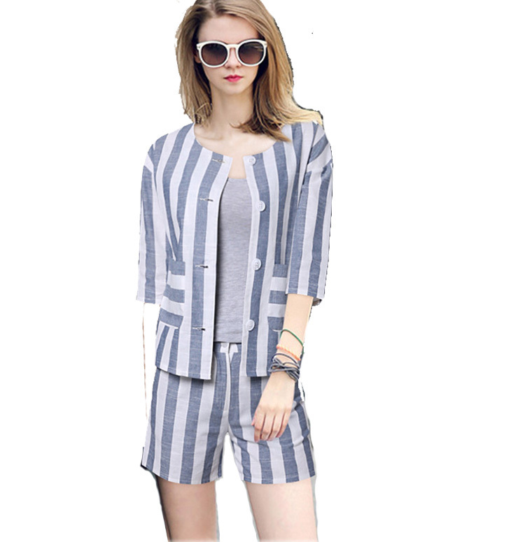 Similiar Blazer And Shorts Set For Women Keywords