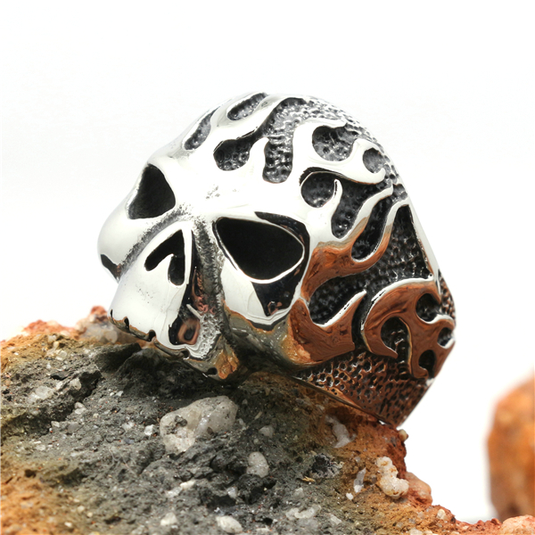 Mens Boys Size 8 to size 15 316L Stainless Steel Cool Biker Flaming Skull Silver Ring(China (Mainland))