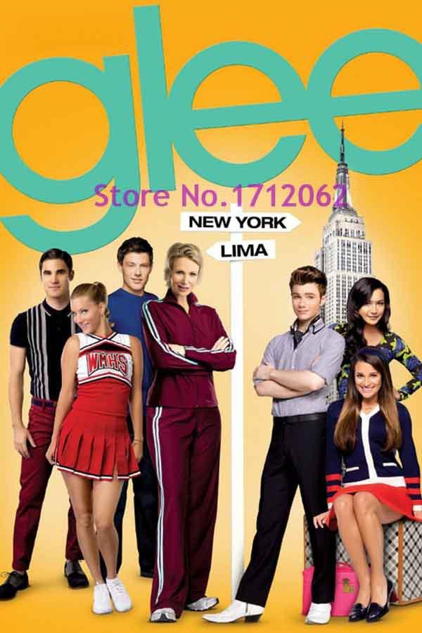 tv show glee lea michele naya rivera poster measures 20 x