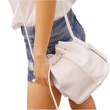 2016 bucket women messenger bags for girls shoulder bags cheap price crossbody bag popular string bolsa feminina DL9170s(China (Mainland))
