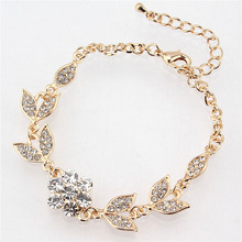 Free shipping New Fashion 18k Yellow Gold Plated Flower Leaf Clear Austrian Crystal Bracelet Bangle Jewelry(China (Mainland))