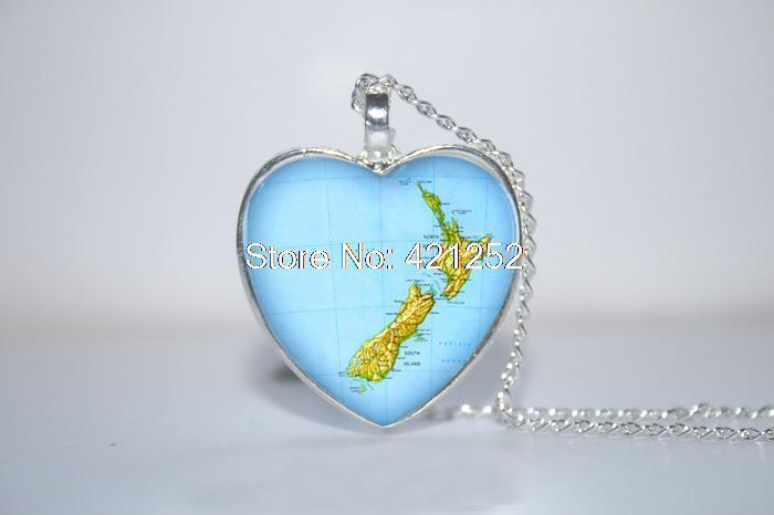 10pcs/lot New Zealand Map Pendant, New Zealand Necklace, New Zealand heart Necklace Glass Photo Cabochon Necklace(China (Mainland))