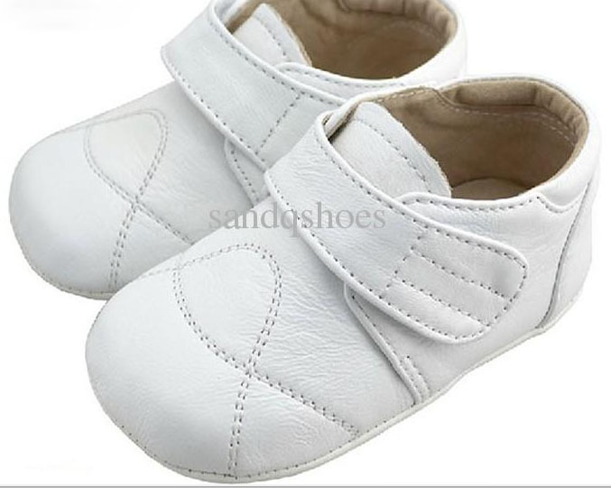 baby boys black sheep skin leather shoes,christening shoes,indoor outdoor fashion brand shoes wholesale retail free shipping(China (Mainland))