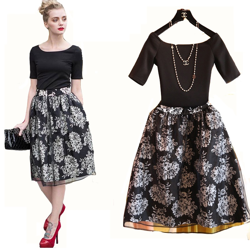 Unique Vintage 70s Womens Two Piece Outfit Skirt Blouse Set Black