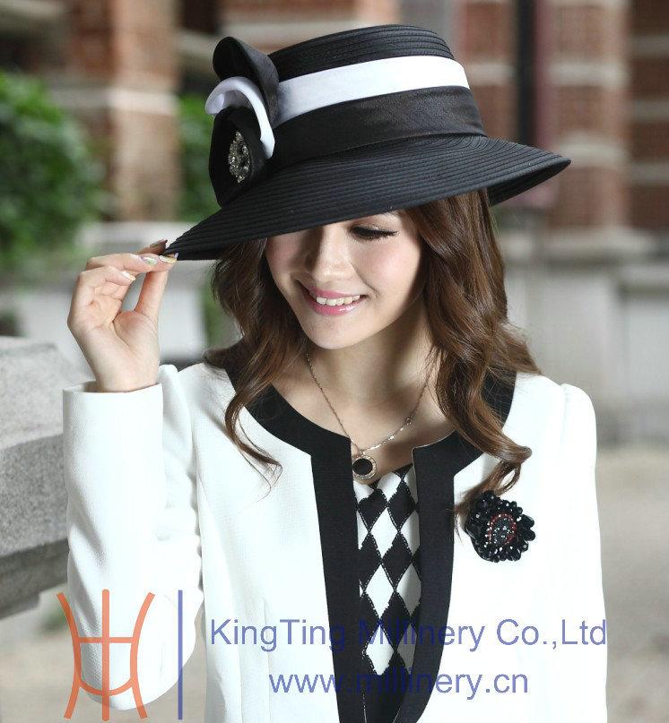 Livraison gratuite vente chaude mode élégante nouvelles dames chapeaux de l'église Satin tissu nouvellement conçu Satin ruban fleur broche Derby chapeau(China (Mainland))
