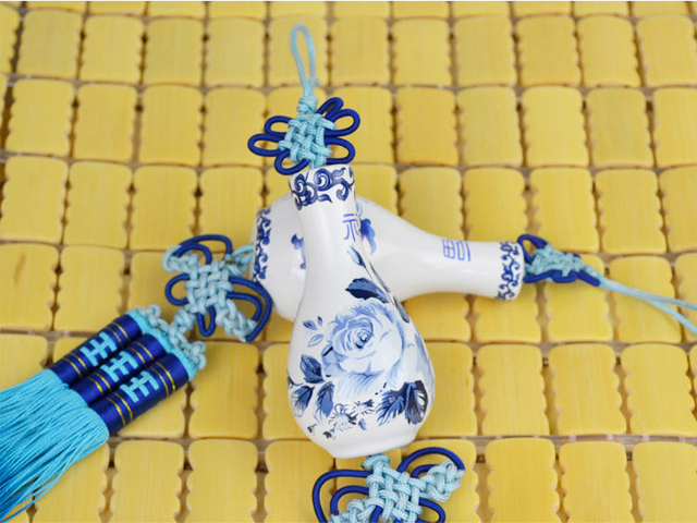 Exquisite blue and white porcelain car pendant hangings car accessories supplies