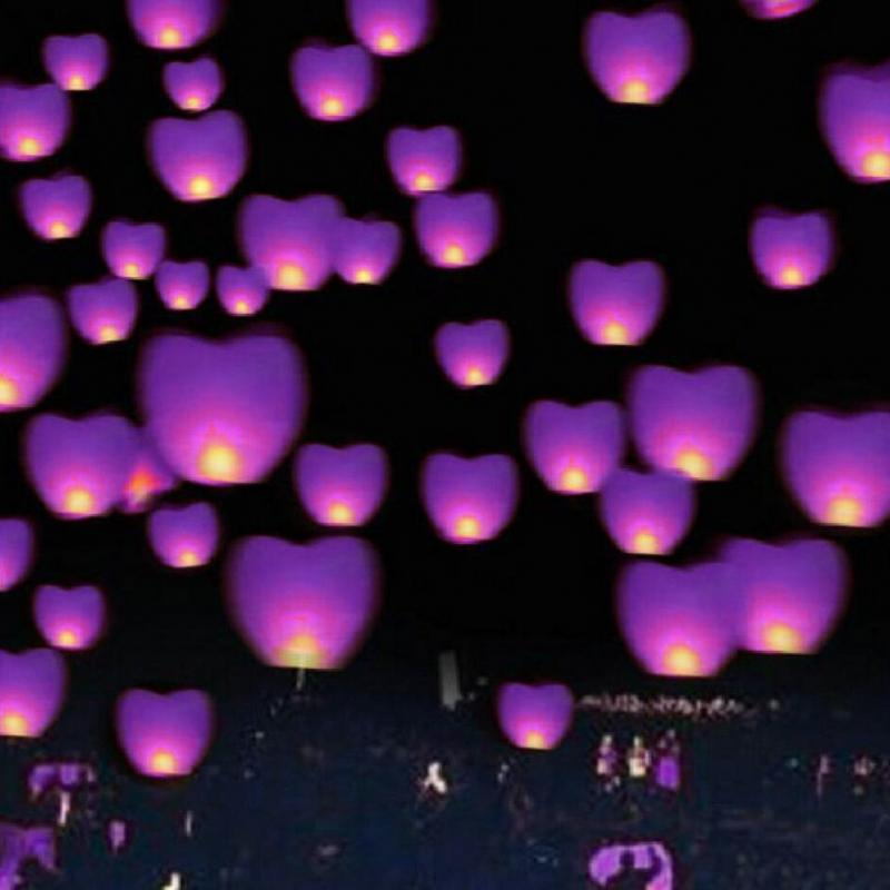 10 Paper Chinese Lanterns Wishing Hole Lights for Wish Party Wedding 2 Colors(China (Mainland))