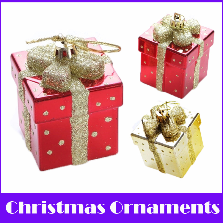Merry Christmas 2015! 2PCS/lot 7 CM Coloured Drawing & Electroplate Gift Decoration Navidad Christmas Ornaments enfeites natal(China (Mainland))