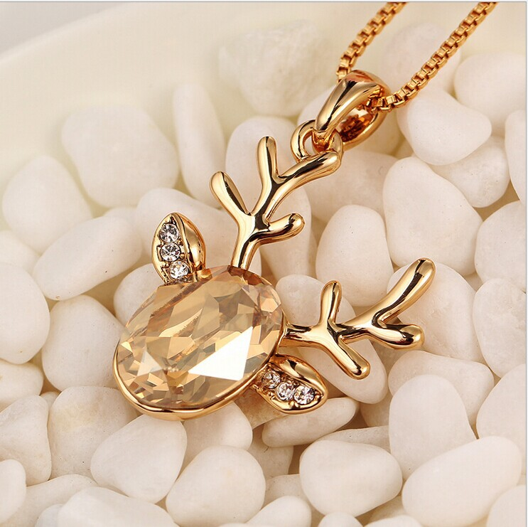 Crystal Jewelry Christmas Reindeer Clavicle Chain Pendant Necklaces, 2015 Fashion Deer Head Necklace Charms for Women Men(China (Mainland))