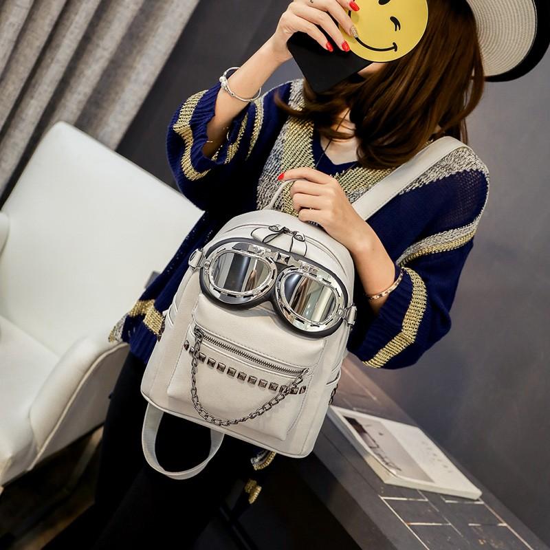 2016 cool sunglasses fashion women backpacks Korean rivet mini school bag backpack for youth lady College girls rucksack (2)
