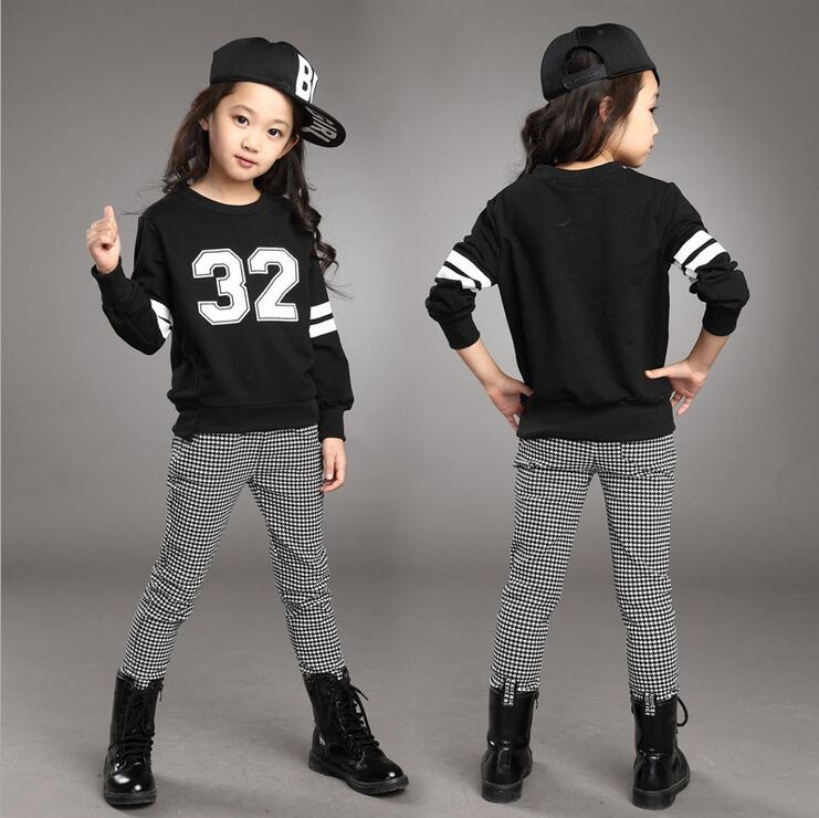 the gallery for hip hop outfits for teenagers. Black Bedroom Furniture Sets. Home Design Ideas