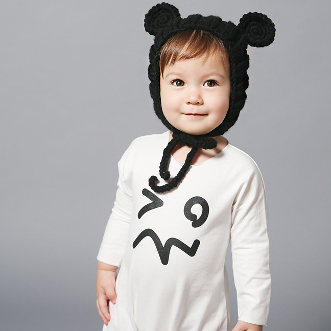 Baby girl boy autumn cotton hat cute striped bear ears hat white and black lovely kids Christmas cartoon cap hot sell(m42)(China (Mainland))