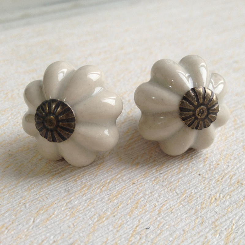 Lovely Grey Pumpkin Ceramic Handles and Knobs Kitchen Cabinet Kids Furniture Bedroom Dresser Drawer Pulls 25mm(China (Mainland))