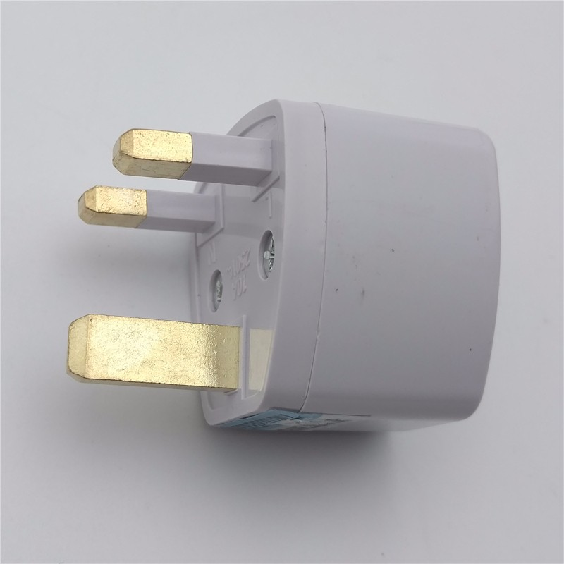 ZK25 SK-001 Hot-Sale Best Price 3 in 1 Universal EU US AU to UK AC Power Socket Plug Travel Charger Adapter Converter