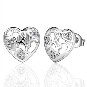 Fashion 1Pair Gift Earrings Romantic Women's Heart Shaped Hollow Silver Plated Stud Women Jewelry - XuHao Chen's store