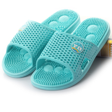 Summer lovers slippers home female summer slip-resistant at home male plastic bathroom acupoint massage slippers(China (Mainland))