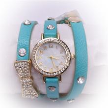 Mujeres libres del envío Crystal Bow correa de cuero pulsera de cadena de pulsera de cuarzo de moda