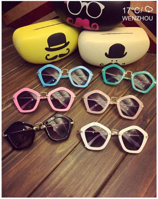 2015 новый детские солнцезащитные очки бесплатная доставка детские мальчики и девочки детские солнцезащитные очки + коробка дети очки очки 6 цвета 100% UV400