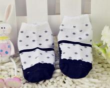 2015 Best Selling Cotton Dot Print sock Lovely Anti slip Shoes Design Socks 4 Colors
