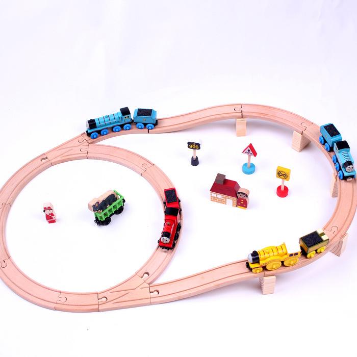 GD009 Christmas toy train track Thomas wooden train track rail(China (Mainland))