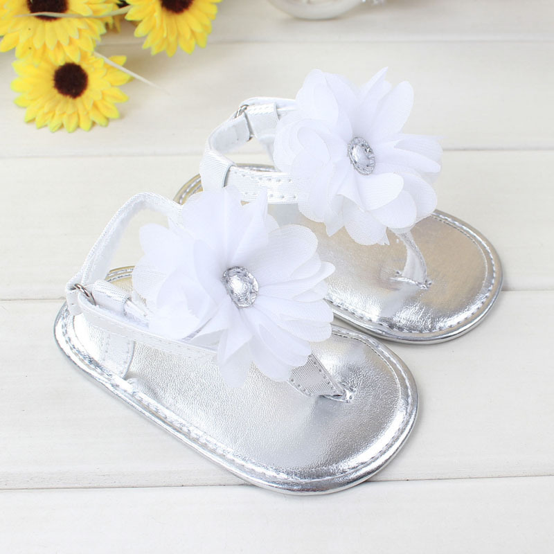 New Silver PU Leather Sweet Newborn Baby First Walkers Shoes Princess Girls Summer Soft Soled Anti-slip Flower Sandals Thongs(China (Mainland))