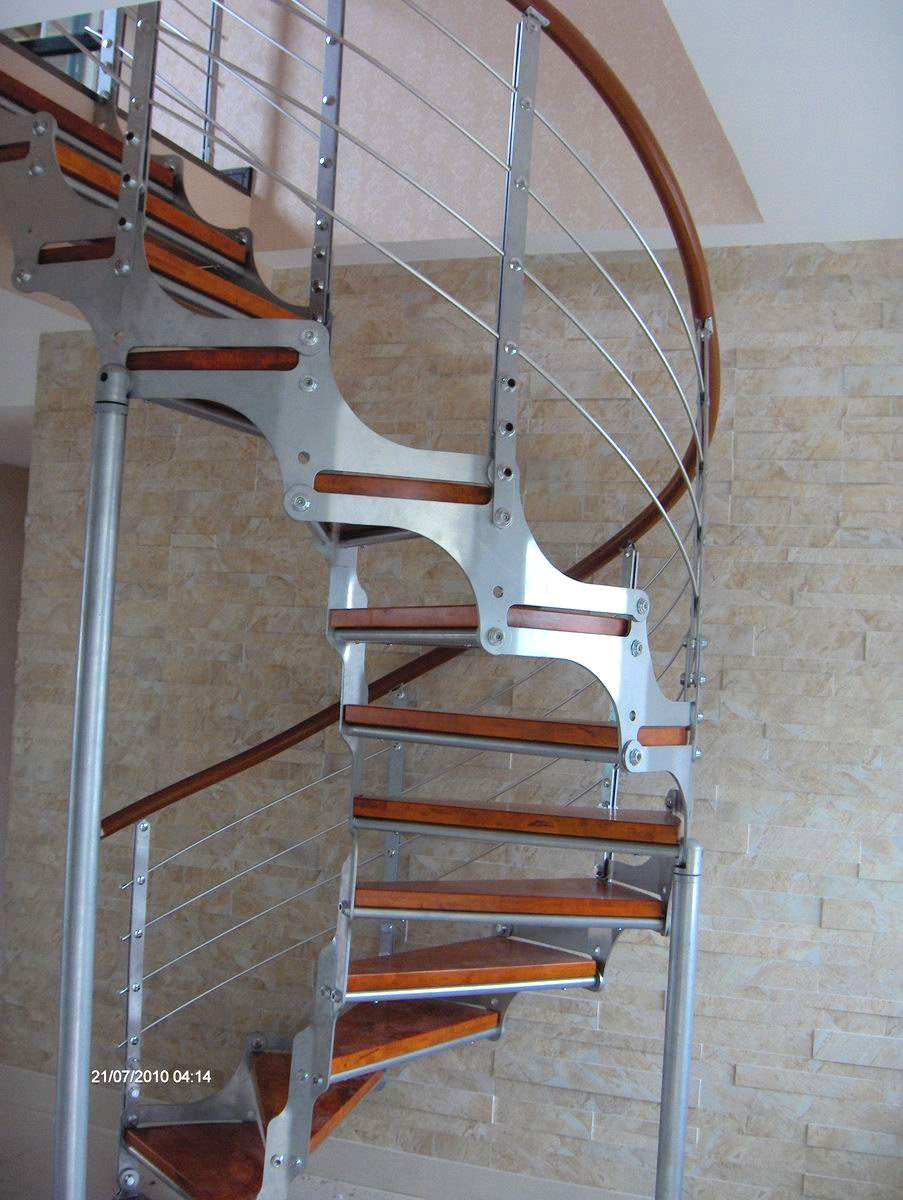 Compra escaleras de acero en espiral online al por mayor - Escalera caracol prefabricada ...
