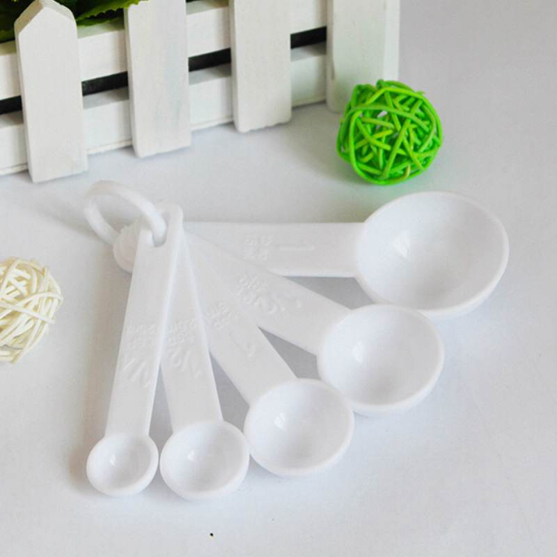 Lovely White Plastic Measuring Cup Spoons 5Pcs Convenient Home Kitchen Cooking Baking Scoop Set Tools(China (Mainland))