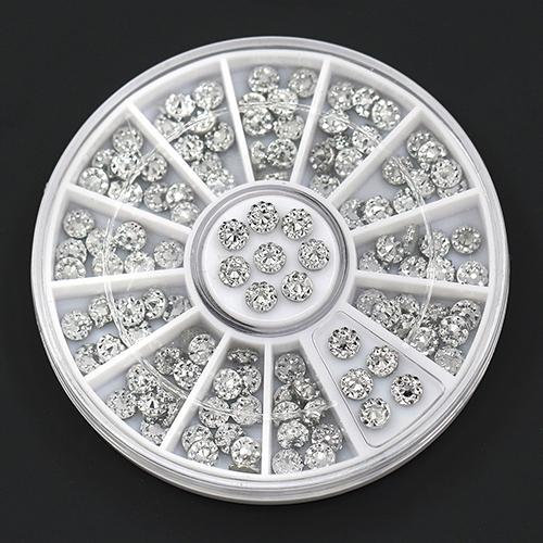 Nova chegada 4 mm acrílico Glitters Studs Nail Art adesivos dicas de decoração de Manicure DIY