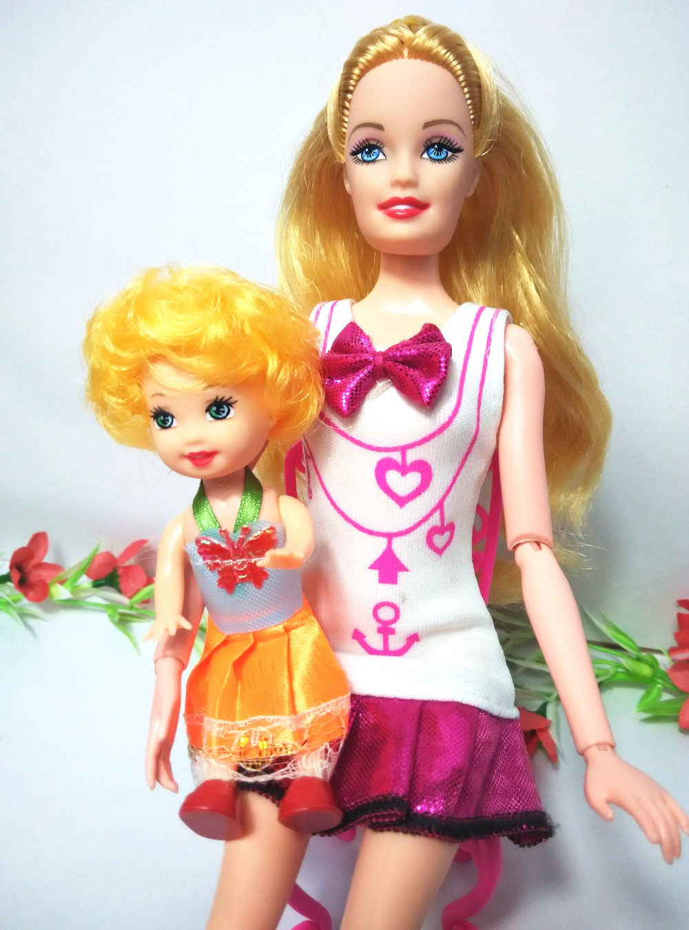 2PCS/lot Mother and Tremendous cute dolls Kelly Mini Equipment for Barbie Doll Home Basic for Women play home Toys