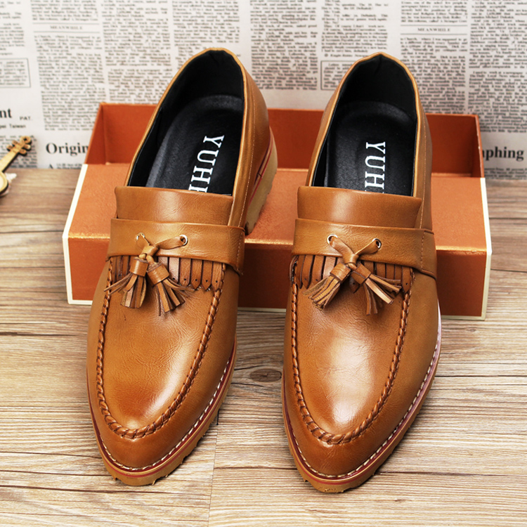 Hot sale men slip on tassel oxfords ponted toe genuine leather brogues shoes men loafers business shoes size 39-43<br><br>Aliexpress