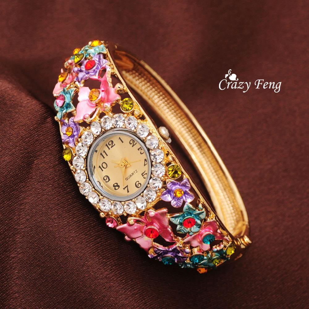 Красочные женские часы фото