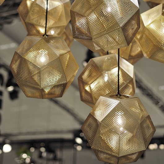 Acquista all 39 ingrosso online sfera di metallo lampadario for Parti del lampadario
