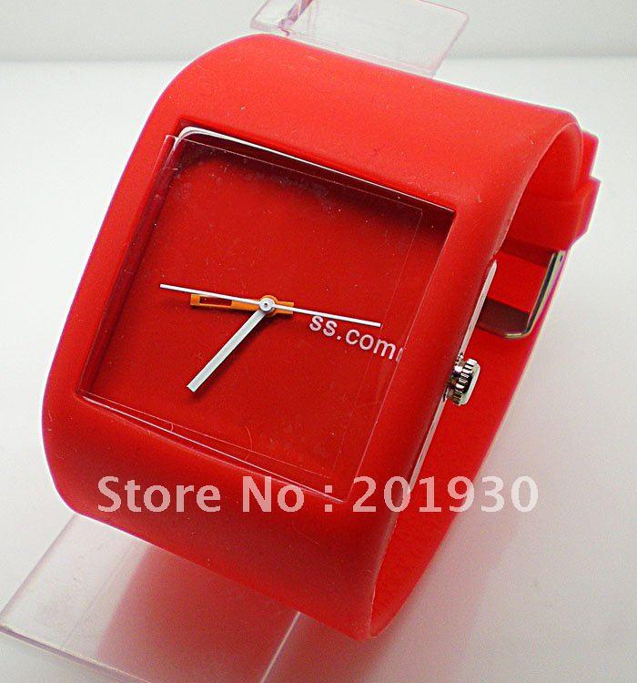 Free Shipping Wholesale New Silicone Sports Watch,wrist watch,quartz watch~D2105-2<br><br>Aliexpress