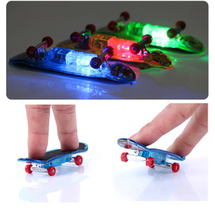 LED Light Fingerboard Mini Set Finger Skateboard Toys Professional Tools Graffiti Fashion Mini Finger Skateboard scooter DIY toy(China (Mainland))