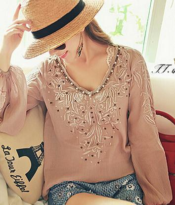 2015 spring new arrival women's national wind embroidery beaded long-sleeved V-neck shirt tops good quality F1581(China (Mainland))