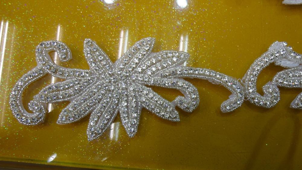 2015 decorative plastic rhinestone trimmings beaded bridal trims for wedding dresses crystal rhinestone Applique trimming(China (Mainland))